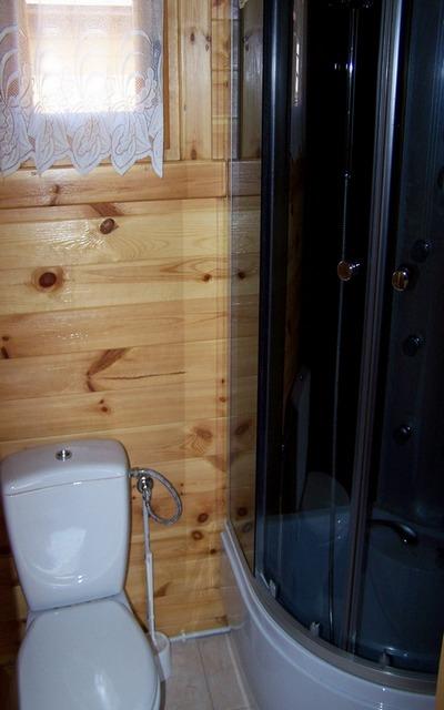 łazienka domu dla 5 wczasowiczów